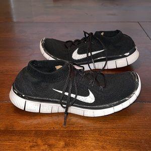 Nike Women's Free Flyknit Running Shoes